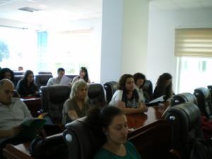 """На 15 – и и 16 юли екипът на СНЦ """"МИГ Гълъбово 2011"""" взе участие в двудневна кръгла маса/форум на тема """"Умения за работа в екип, делова комуникация и етика"""". Организирането и провеждането на мероприятието се изпълни от """" Близнакови – сладки мечти"""" ЕООД и е разработено за нуждите на МИГ в България по мярка 431 от Програма за развитие на селските райони 2007 – 2013 г., ОС 4 – Лидер. Форумът е насочен към всички регистрирани на територията на България – Местни инициативни групи, изпълняващи своите Стратегии за местно развитие. Кръглата маса/форума се проведе в почивната база """"Романтика"""" – гр. Сърница."""
